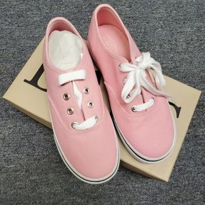 Bass Girls Bubble Gum Pink Shoes NWT size 3